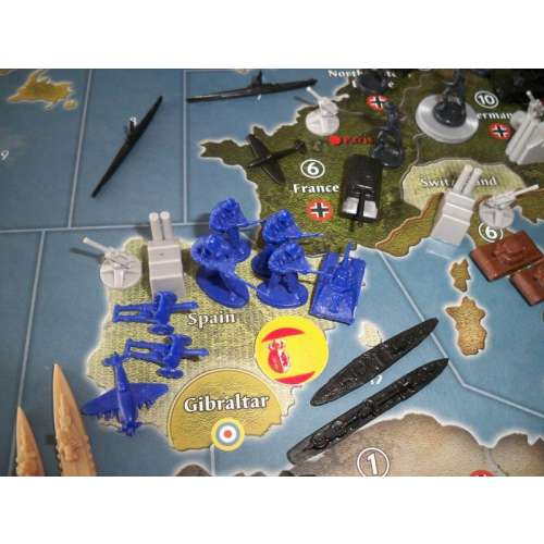 Axis & Allies (Anniversary Edition) - настолна игра