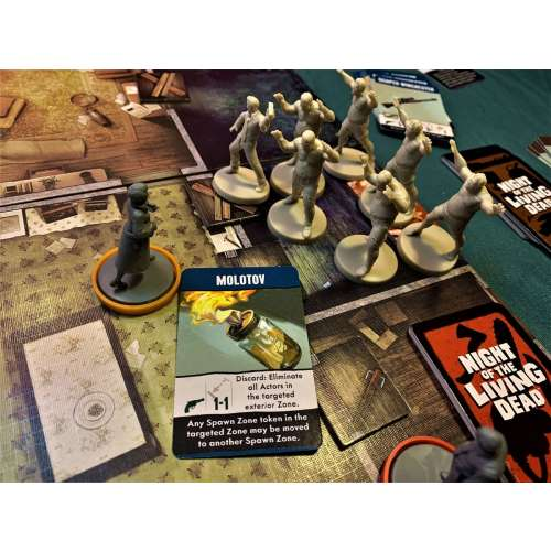 Night of the Living Dead: A Zombicide Game - настолна игра
